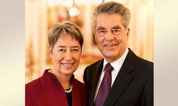 Österreichs Bundespräsident a.D. versteigert sich