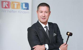 Rekorderlös: Promis für über 170.000 Euro versteigert