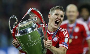 Schweinsteigers Champions League-Trikot für 6.200 Euro versteigert