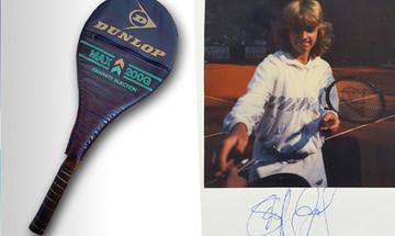 Steffi Graf versteigert original Tennisschläger von 1986 für den guten Zweck