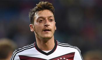 Mesut Özil versteigert Meet & Greet