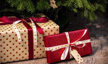 Weihnachtsgeschenke für über 400.000 Euro versteigert