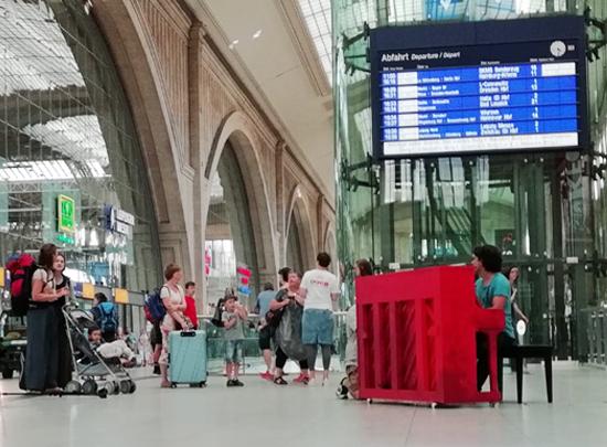 David Ianni am Bahnhof