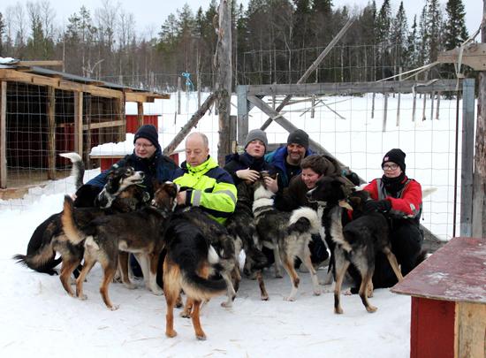 Husky-Tour für krebskranke Kinder
