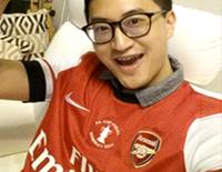 Jacky-im-Arsenal-Trikot