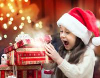 Kind-mit-Geschenk