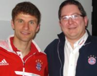 Mit Thomas Müller in der Charity-Loge