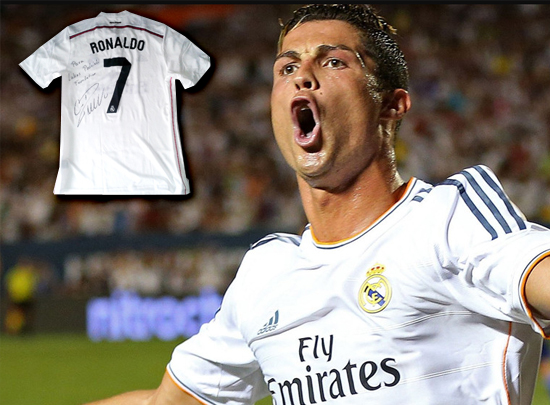 Signiertes Ronaldo-Trikot mit Widmung