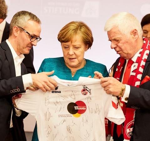 Bundeskanzlerin Angela Merkel unterstützt unseren Partner