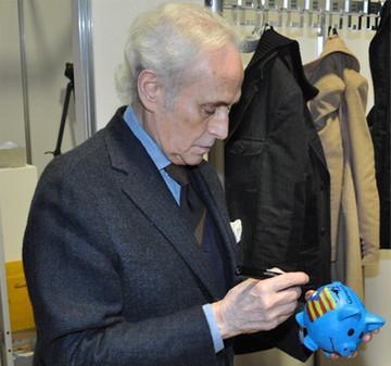 Glücksschweine bringen 6.000 Euro für José Carreras Leukämie-Stiftung