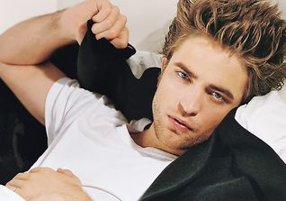 Robert Pattinson, britischer Schauspieler und Musiker, wurde aus den Harry-Potter-Filmen bekannt, in der Twilight-Saga spielte er Edward Cullen