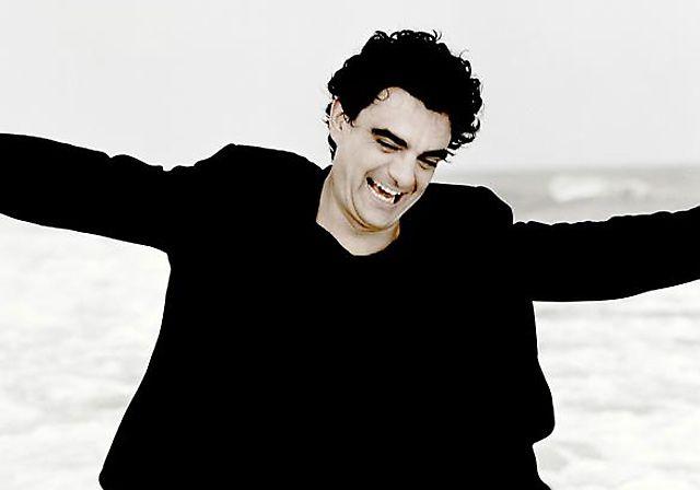 Rolando Villazón, Opernsänger, debütierte 2010 erfolgreich an der Mailänder Scala als Nemorino an der Seite von Anna Netrebko