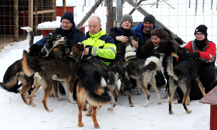 Huskytouren für krebskranke Kinder