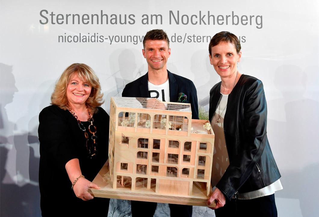 Alexandra Schörghuber, Thomas Müller und Martina Münch-Nicolaidis bei der Projektvorstellung