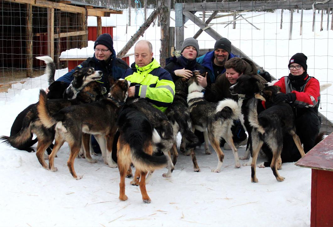 Husky-Touren für krebskranke Kinder