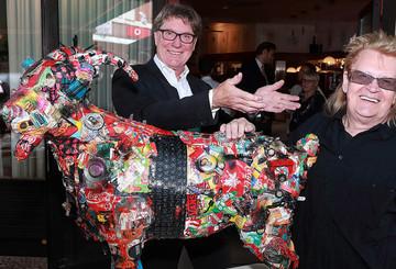 """Der """"Trash-Goat"""" von Künstler HA Schult"""